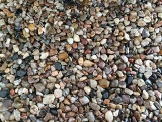 DB-Říční kamínky 25kg ostrý 2-4mm